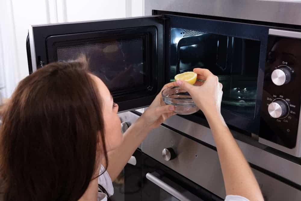 Orenda Home Garden_How to Clean Your Microwave Interior