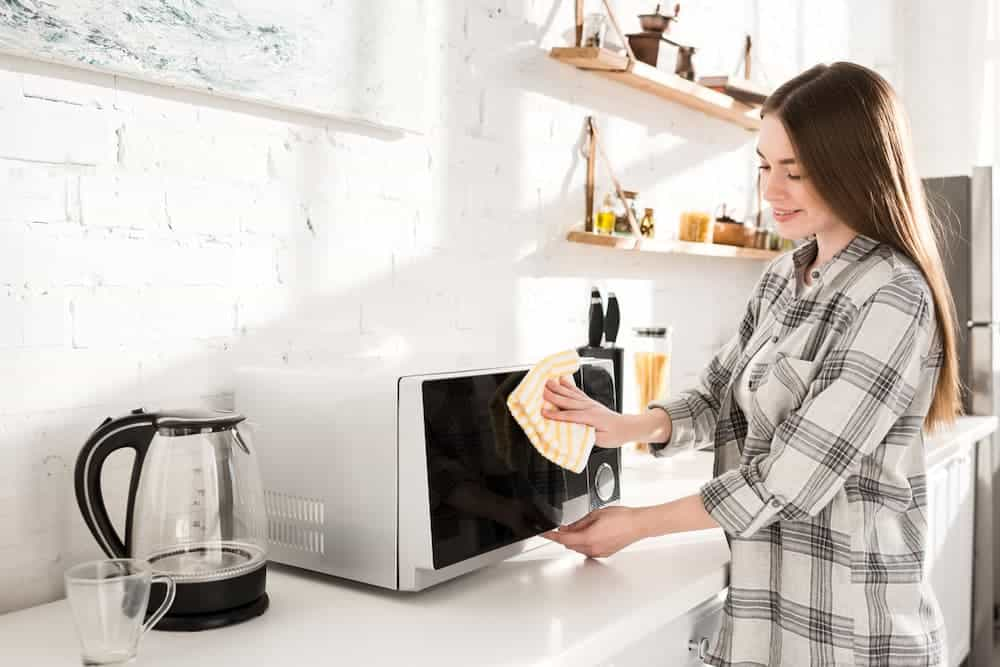 Orenda Home Garden_Steps to Clean Your Microwave