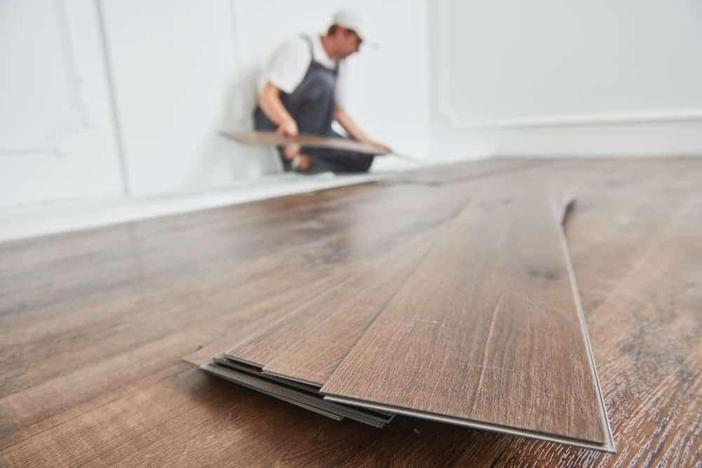 Orenda Home Garden_Vinyl Flooring for the Kitchen
