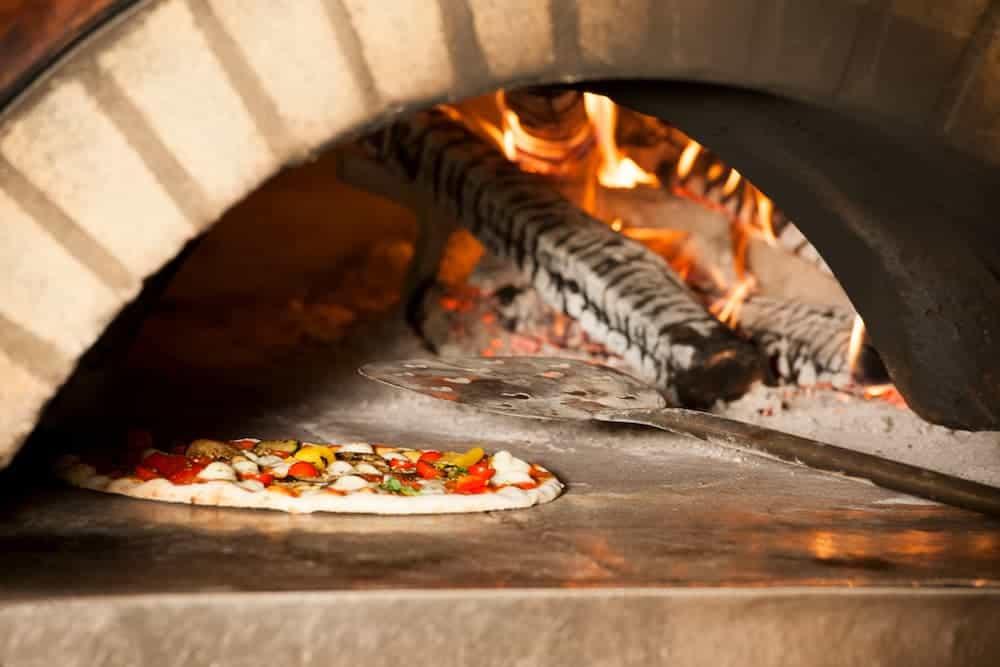 Orenda Home Garden_DIY Outdoor Brick Pizza Oven